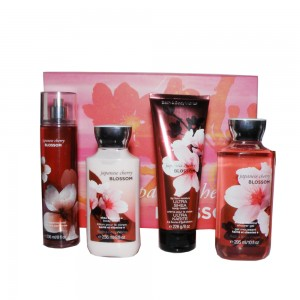 Bath And Body Works Body Mist Japanese Cherry Blossom 236ML+Duş Jeli 295ML+Body Lotion 236ML+Body Cream 226G