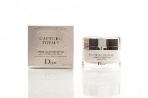Christian Dior Capture Totale Gündüz Kremi Spf20 60ML
